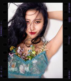 "203k Likes, 1,106 Comments - SUNMI (@miyayeah) on Instagram: ""주인공(Heroine) 2018.1.18 6pm @miyayeah @makeus_ent @official_sunmi #선미 #주인공 #Heroine #2017"