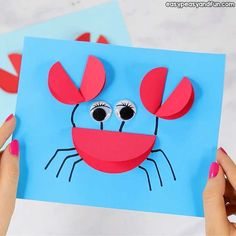 30 Best and easy summer crafts for kids! These summer crafts for kids are really amazing and creative! Toilet Paper Roll Crafts, Paper Crafts For Kids, Preschool Crafts, Easy Crafts, Creative Crafts, Diy Paper, Easy Diy, Crab Crafts, Octopus Crafts