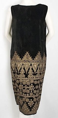 ~Babani metallic embroidered velvet dress, 1920s~ from the Vintage Textile archives.