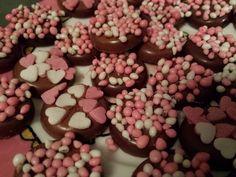Recept voor Kraamchocolaatjes - Alice & Zo (geboortechocolade, geboortechocolaatjes, kraamkadootje)