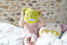 { test Natura XL } ^.^ | Tournicote...à cloche-pied #crochet #pillow #cute #face