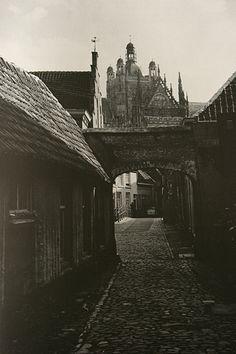 """Kathedraal Sint-Jan Den-Bosch. Gezien vanuit """" in den boeren mouw """""""