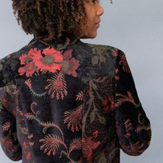 Mary Lynn O'Shea's gorgeous tapestry jackets will make you feel like a queen. O'Shea will be at the Smithsonian Craft show in April.