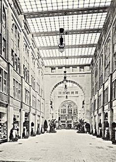 Oranienburger Straße - ehem. Tacheles (vorm. Friedrichstraßenpassage) - Page 5 - Berlin - Architectura Pro Homine