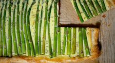 Asparagus and Smoked Salmon Tart on a puff pastry shell makes an elegant brunch or lunch dish and can be cut into smaller squares for an appetizer. How To Make Guacamole, Pastry Shells, Smoked Salmon, Meals For The Week, Asparagus, Appetizers, Appetizer Recipes, Nutrition, Stuffed Peppers