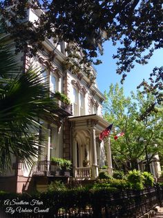 Southern Architecture, Southern Homes, Savannah Chat, Beautiful Homes, Handsome, Future, House Of Beauty, Future Tense