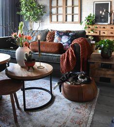 this living room hid360.com