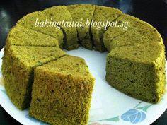 Matcha Chiffon Cake 抹茶戚风蛋糕 // 5 eggs, 85 g cake flour, 3 t Matcha powder, 40 ml oil, 40 ml water, 1 T honey, 60 g sugar (add to egg whites), 20 g sugar (add to egg yolks)