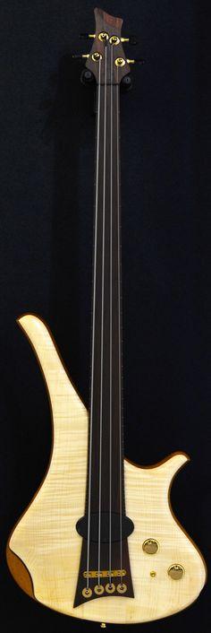 MARLEAUX Diva Fretless 4 string bass
