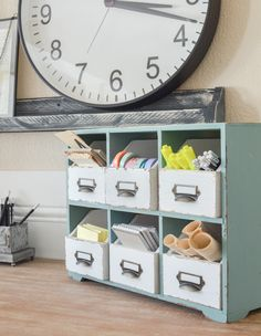 An Organized Desk with office supplies. Farmhouse style home office space inspiration. Home Office Space, Home Office Design, Home Office Decor, Office Furniture, Small Office, Office Chairs, Furniture Decor, Office Desk, Furniture Design