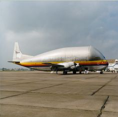 Super Guppy - From the side