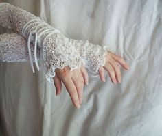 Mori Girl White Lace Arm Warmers Mittens Upcycled by cutrag