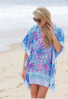 2bb6b0402d2434 @styledsnapshots looking super RESORT CHIC in our Lilly Pulitzer Lindamarie  Caftan. This scarf dress