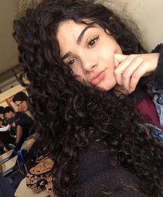 cachos maravilhosos Curly Hair Tips, Curly Hair Men, Curly Girl, Curly Hair Styles, Natural Hair Styles, Love Hair, Big Hair, Pretty Hairstyles, Hair Hacks