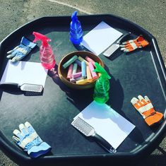 Holi Festival of Colours tray! We have been grating chalk onto watercolour paper, then spraying it with water to make some fantastic art today!