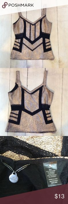 Buckle gold glittery Tank Top BKE gold and black glittery tank top. Size small. Excellent condition BKE Tops Tank Tops