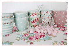 beautiful latte cups mint & pink