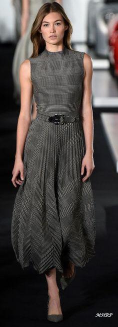 What a beautiful dress! RL #dress #grey #elegant