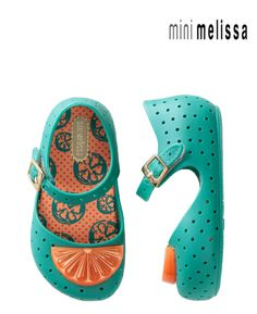 Mini Melissa Furadinha love this new style! Just purchased for a gift and they love them too!
