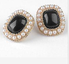 fashion black earrings
