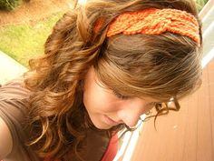 Bet I could make a headband like this!