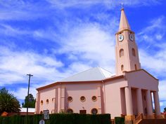 Pink church, Karoo town, Hofmeyr, South Africa Cathedral Church, Church Building, Pink Houses, Place Of Worship, Kirchen, South Africa, Places To Go, Catholic Churches, Iglesias