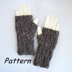 Instant Download to PDF Crochet PATTERN: Leafy Fingerless Mitts, fingerless gloves