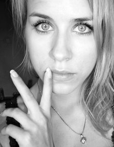 #selfie #big #eyes #grey
