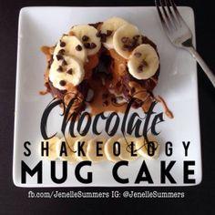 Chocolate Shakeology Mug Cake Shakeo Mug Cake, Shakeology Mug Cake, Cake Mug, Vegan Shakeology, Shakeology Chocolat, Chocolate Shakeology, P90x, Cake Ingredients, Amigurumi