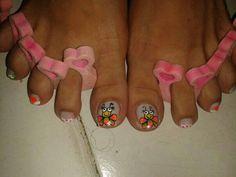 Abejas en los pies Pedicure, Nail Designs, Nails, Women, Bees, Flowers, Black, Ongles, Finger Nails
