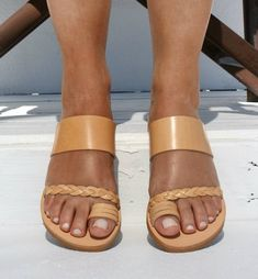 ANDROMEDA/ Women leather sandals/ ancient Greek leather