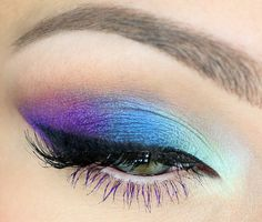 Gorgeous colors + colored mascara on bottom lashes! I needa learn howtta do this'