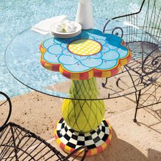 cute painted flower table #painted #furniture