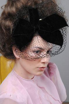 HUGE VELVET BOW BIRDCAGE Netting Wedding dress VEIL Hat Races FASCINATOR