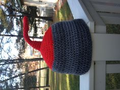 Curling Rock hat