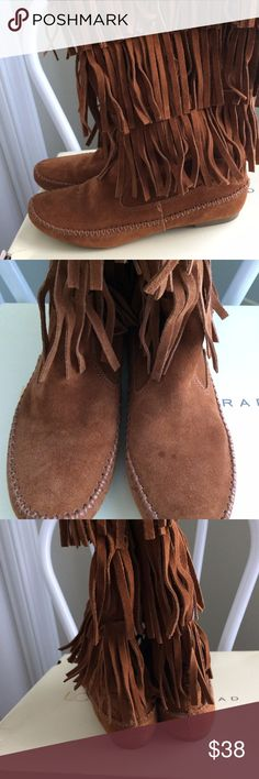 Lauren Conrad brown suede moccasin boots size 9.5 Lauren Conrad brown suede moccasin boots size 9.5 LC Lauren Conrad Shoes Moccasins