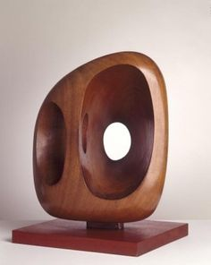 Barbara Hepworth. <em /></span>Icon, </em>1957. Arts Council Collection, Southbank Centre, London © Bowness, Hepworth Estate