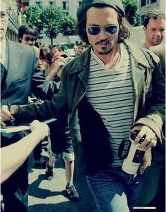 Autograph like a boss. hahahaha!! i love johnny depp