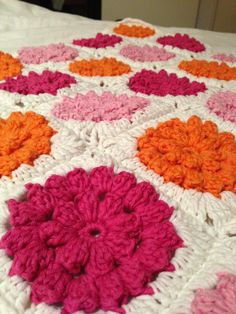 Pretty crochet flower squares.  Crochet Baby blanket free pattern used from http://millemakes.wordpress.com/2011/05/22/something-pretty-the-pattern/