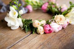 DIY Floral Crown :: The Effortless Chic 8