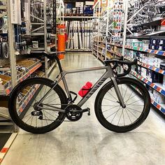 Canyon Ultimate CF SLX @iamgroom -->