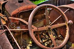 Rusted tractor, found on many farms. @Kelley Oberg Smith Oberg Smith Vanstone via Kirsten Parris