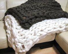 Reus gebreid Merino wollen deken. Super Chunky gooien. door woolWow