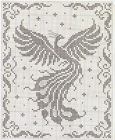 Hobby lavori femminili - ricamo - uncinetto - maglia: fenice punto croce filet