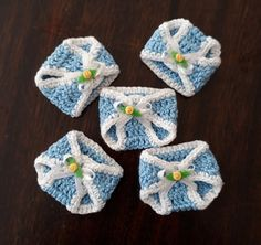 Distintivos Baby Shower, Baby Shower Favours, Bead Crochet Rope, Crochet Baby, Baby Shawer, Baby Shower Presents, Baby Boutique, Diy And Crafts, Crochet Patterns