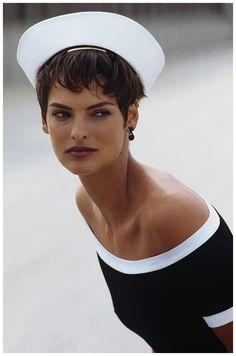 Linda Evangelista Vogue, January 1989 Photo Peter Lindbergh