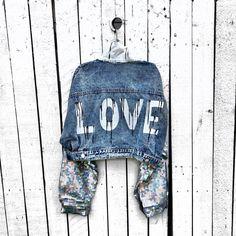 Jean Diy, Custom Denim Jackets, Painted Clothes, Leather Pieces, Distressed Denim, Blue Denim, Painted Jackets, Denim Shirts, Denim Jeans