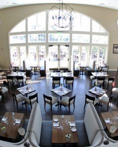The dining room at the Tavern has large arched windows that offer views of the falls. #Jetsetter