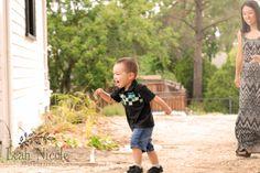 www.leahnicolephotos.com   Toddler photos, maternity photos, toddler posing, family photos, nature photos Candid