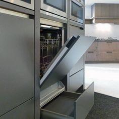 vaatwasser op kniehoogte = minder bukken en een oven is ook nog goed bereikbaar erboven Kitchen Room Design, Interior Design Kitchen, Kitchen Decor, Kitchen Trends, Kitchen Hacks, Modern Ovens, Oven Design, Home Kitchens, Interior Architecture